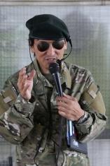 軍隊に見立てて訓練するのがちょっとおもしろいですよね。丸山軍曹お手やわらかに!