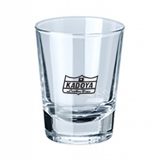 B)ウイスキーやリキュールをストレートで楽しむためのショットグラスはKADOYAのクラウンマーク入り。(ガラス製、容量50ml、φ48×63mm)
