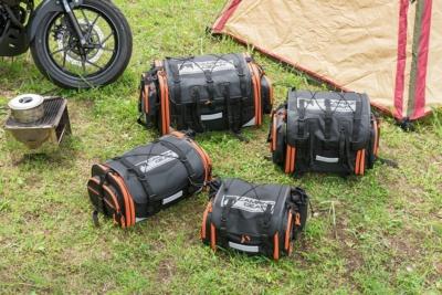 MOTO FIZZの定番シートバッグ4製品にアクティブオレンジが登場