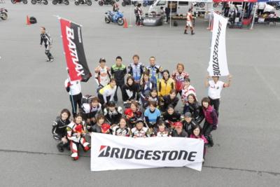 9月22日、富士スピードウェイでレディスバイク撮影会やります!