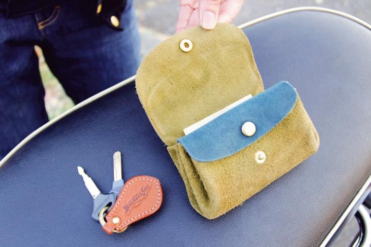 個性的なお財布もやわらかくて使いやすいお気に入りの革小物