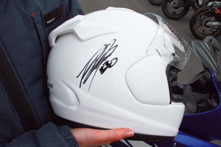 イベントで中上貴晶選手にサインをもらったヘルメットは宝物