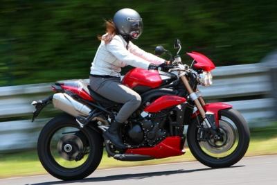 普通二輪免許でOK ♪ 憧れの大型バイクに乗れるチャンス!レッドバロンのステップアップ試乗会が9月21日から3日間開催