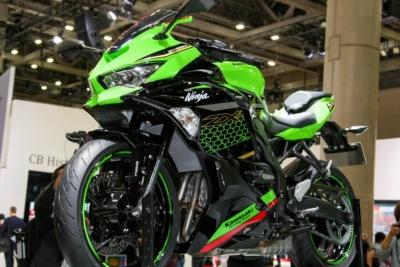 【東京モーターショー2019】バイクらしさをトコトン追求するカワサキのニューモデルは業界最注目!