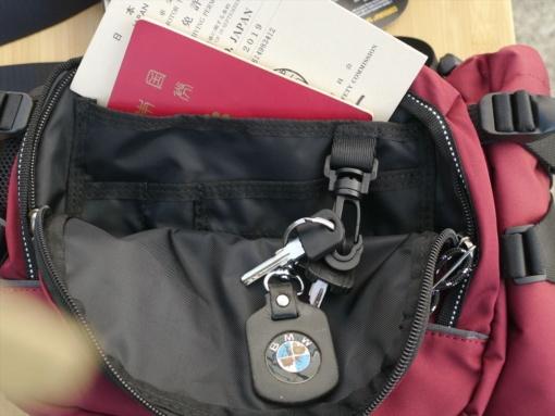 MaxFritz(マックスフリッツ)MFA-2203 ウエストバッグ・モンゴルⅢ セカンドポケット使用例