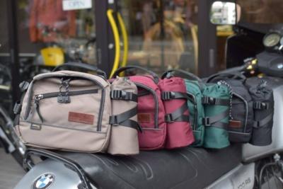 【数量限定】MaxFritzウエストバッグ取り扱い開始♪ 姉妹誌タンデムスタイルのオリジナルステッカー付き!
