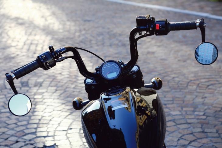 INDIAN MOTORCYCLE SCOUT BOBBER TWENTY ハンドル