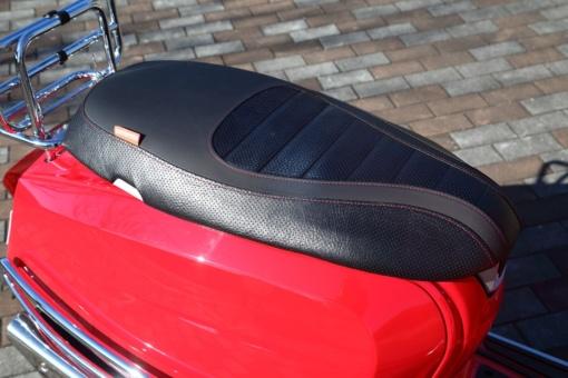 LAMBRETTA V125 SPECIAL シート