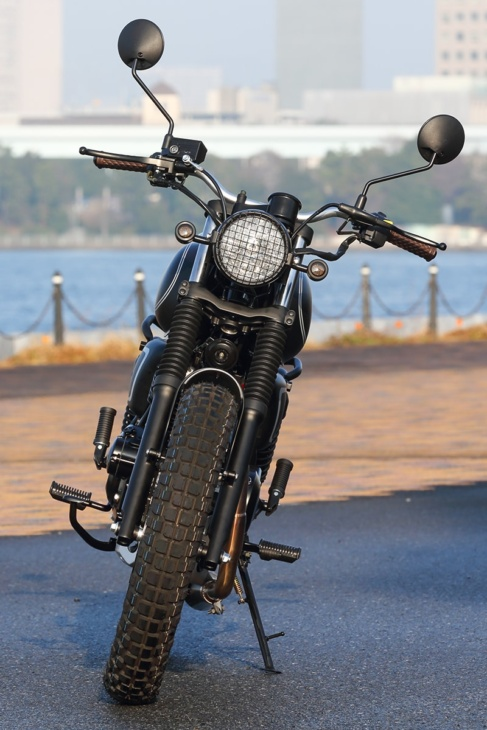 MUTT MOTORCYCLES MASTIFF250 フロントビュー
