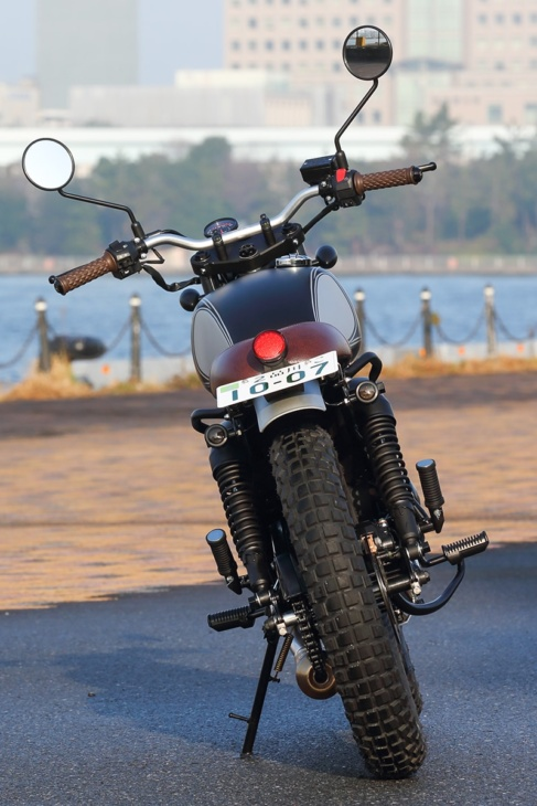 MUTT MOTORCYCLES MASTIFF250 リヤビュー