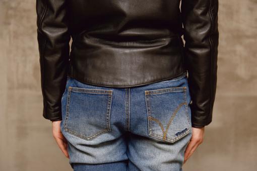 ジャケットの腰まわり