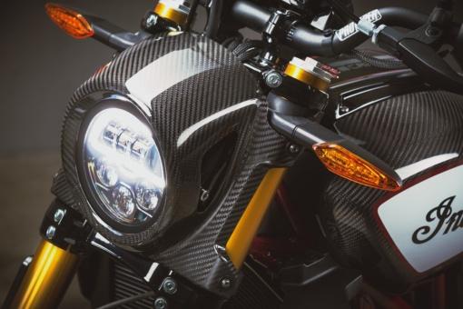 インディアンモーターサイクル 2020 FTR Carbonのヘッドライト