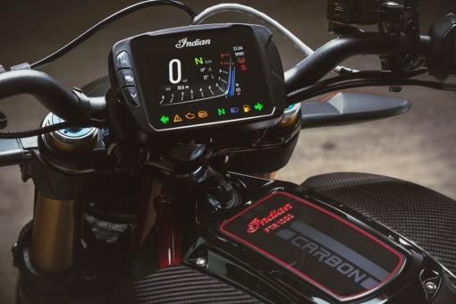 インディアンモーターサイクル 2020 FTR CarbonのLCDスクリーン