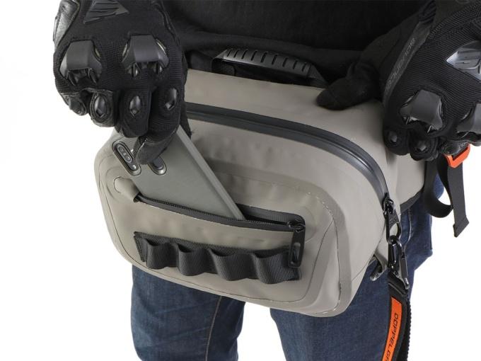 ドッペルギャンガー DBT600-KH ターポリンウエストバッグ 前面ポケット