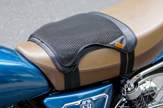 ドッペルギャンガー バイク用シートクッションセット クール&ゲルを両方装着した例