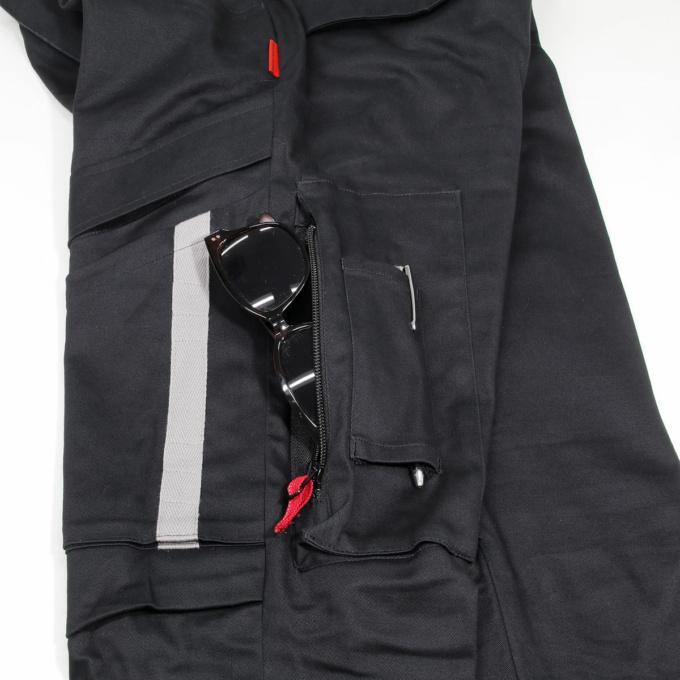 シンイチロウアラカワ P21 PILOT CARGO ポケット収納イメージ