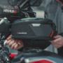 SW-MOTEC PRO タンクバッグ着脱イメージ