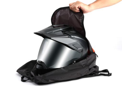 DOPPELGANGER ULヘルメットインエコリュック ヘルメット収納例
