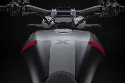 """DUCATIが""""X Diavel""""の2021年NEWモデルを発表"""