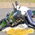 バイクを引き起こす時の手順とコツ