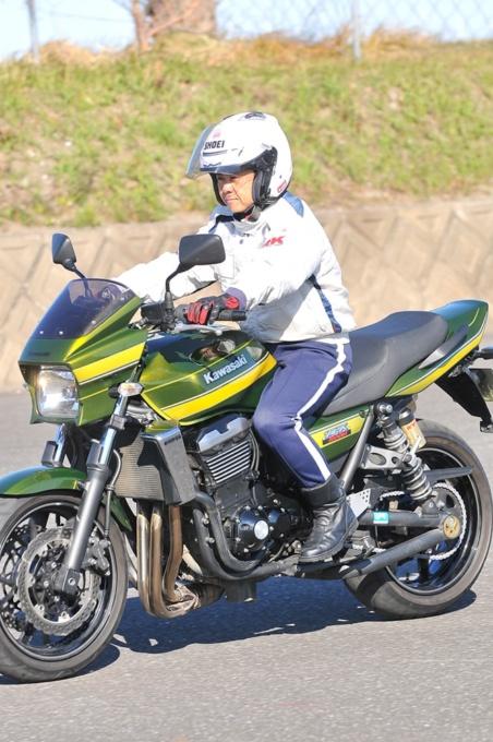 バイクを停止する時のポイント