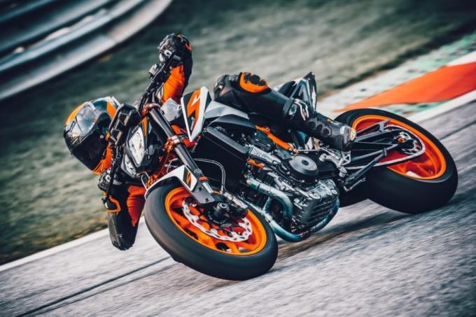 広島オートバイ販売 祇園店