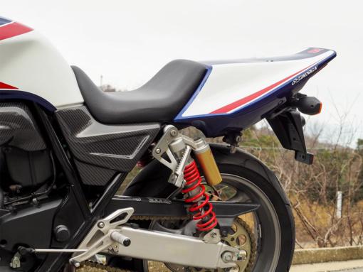マジカルレーシング CB400SF Revo シングルシートキット