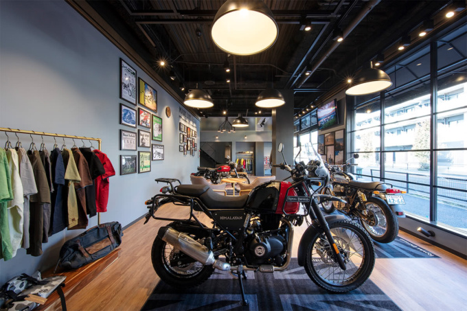 Royal Enfield Tokyo Show Room 内観