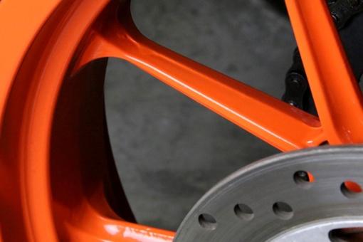 洗車後のKTM RC125