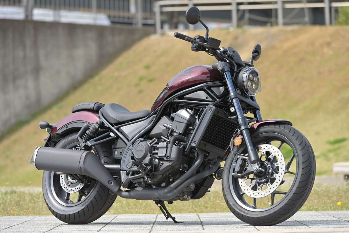 HONDA REBEL1100 右側