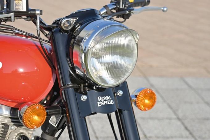 ROYAL ENFIELD CLASSIC500 丸型一眼ヘッドライト