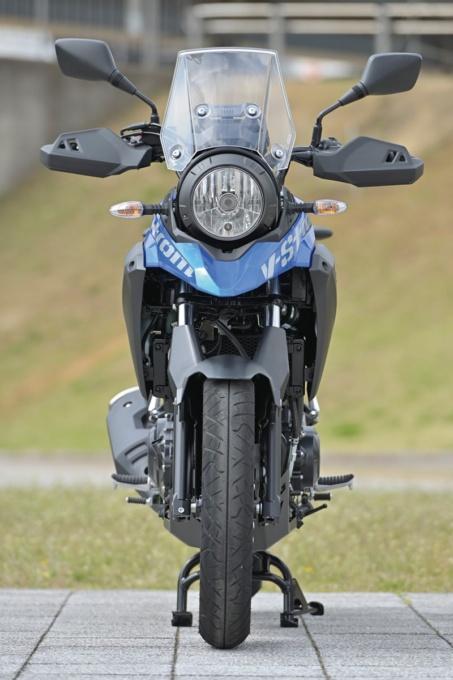 SUZUKI V-Strom250 ABS 前面