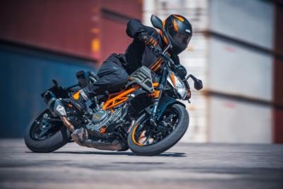 KTM 2021年ストリートモデル 一部を価格改定と発表