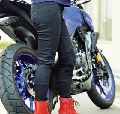 履き心地はまるでレギンス?! 耐摩耗性抜群のオックスフォード スーパージェギンス新発売