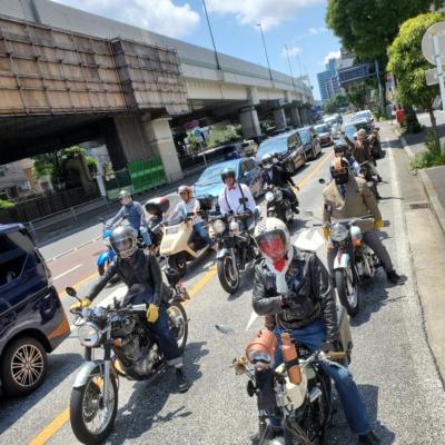 紳士淑女、クラシックバイクでにぎわった横浜「ジェントルマンズライド」は大盛況!