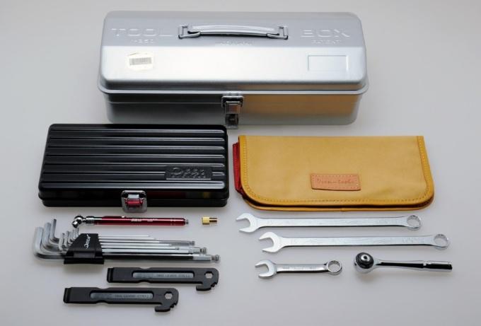 e-BIKEユーザーのためのツールセットがファクトリーギアとコラボ